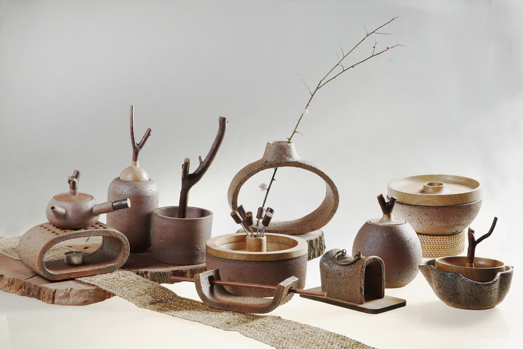 Redesign of food utensils made by the Xingjing stoneware in Sichuan Province, reflecting  various food cultures and trying to create more job opportunities for the local people who have been   affected by the Sichuan earthquake in 2008