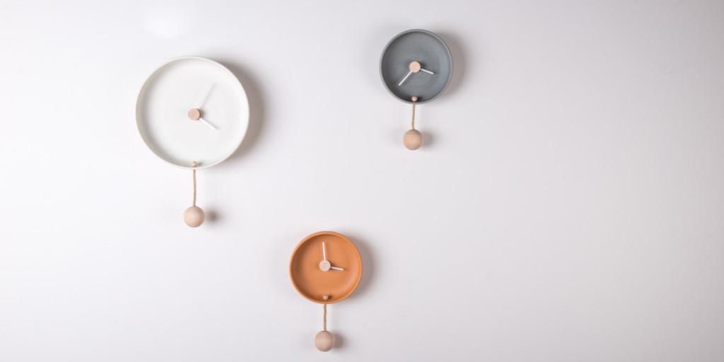 Federica Bubani_TOTIDE'_ceramica matt e colorata+legno di faggio+corda_2014jpg